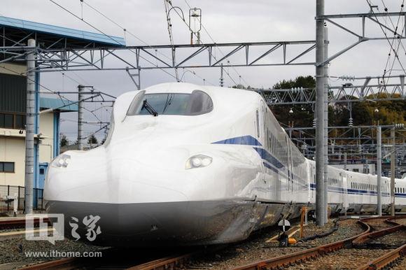 日本新干线子弹头列车N700S发布